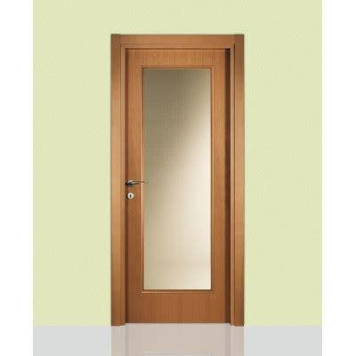 porte interne classiche con vetro porte interne in legno 660 con vetro civico14