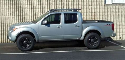 purchase used 2011 nissan frontier pro 4x crew cab