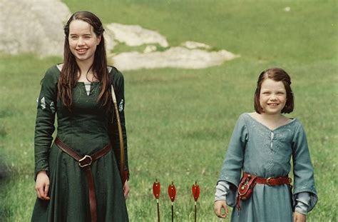 film like narnia susan s green archery dress from the lion the witch and