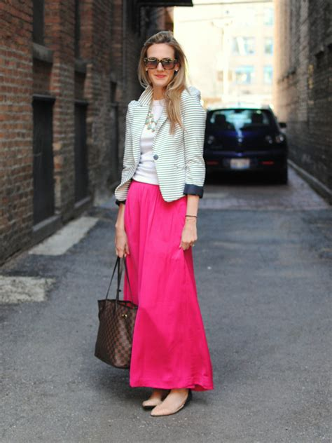 great way to wear a maxi skirt at work pink maxi skirt