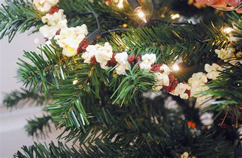 popcorn and cranberry tinsel decoration recipe goodtoknow