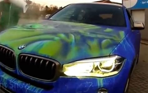 chameleon on wheels color changing car paint