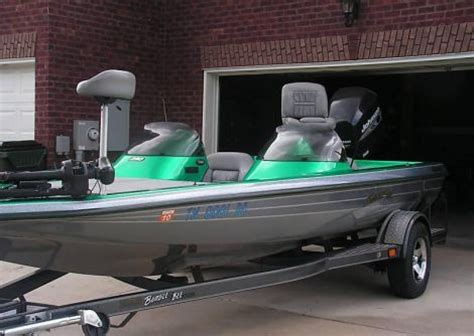 bumble bee bass boat 2001 20 foot pro sport bumble bee bass boat fishing boat