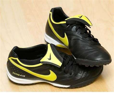 football shoes wiki football shoes wiki 28 images file nike tiempo mystic