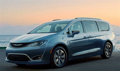 Chrysler Vehicle Recalls by Chrysler Recalls All Pacifica Hybrids Insider Car News