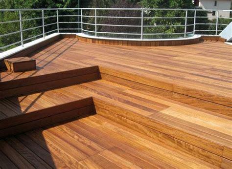 piastrelle per terrazzi resistenti al freddo pavimenti in legno per esterni
