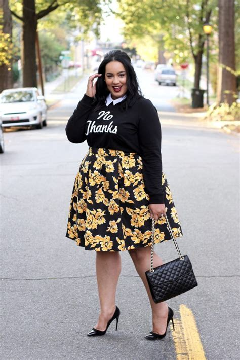 fall styles for full figure how to wear a fall midi skirt http beauticurve com