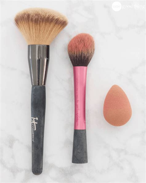And Makeup Debate How Often Do You Wash Your Hair by How To Clean Your Makeup Brushes And How Often You Should