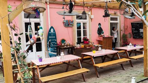 Alfama Patio by Destination Hostels Alfama Patio Surorile Calatoare