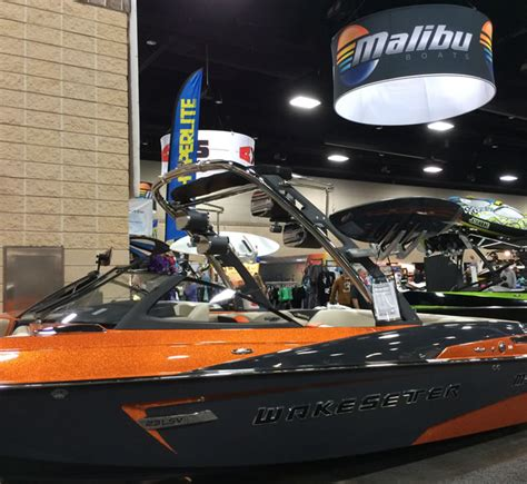 malibu boats knoxville photos from the 2014 downtown knoxville boat show