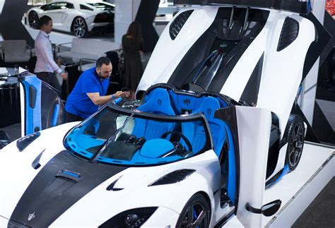 koenigsegg blue interior new york 2017 koenigsegg agera rs1 gtspirit