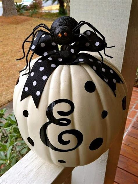 carve pumpkin ideas  halloween decoration