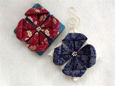 folded fabric ornaments 25 best ideas about folded fabric ornaments on
