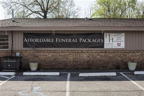 bodies but not employees found at funeral home