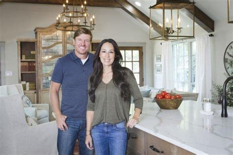 chip and joanna gaines restaurant the undeniable appeal of chip and joanna gaines the star