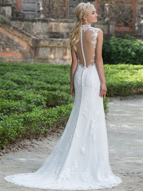 a dress for a wedding sincerity 3885 queen anne lace straight bridal dress