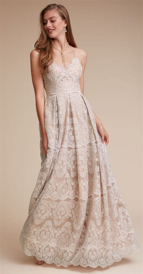 Lace Vintage Wedding Dress    Spaghetti Strap Wedding