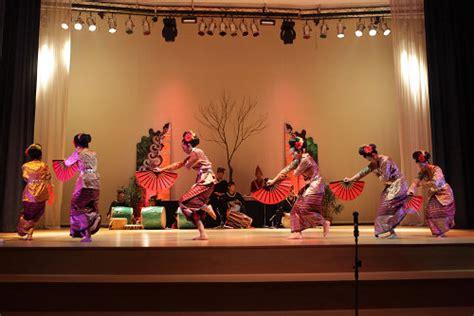 consolato indonesia roma balletto indonesiano nusantra arts forum trieste
