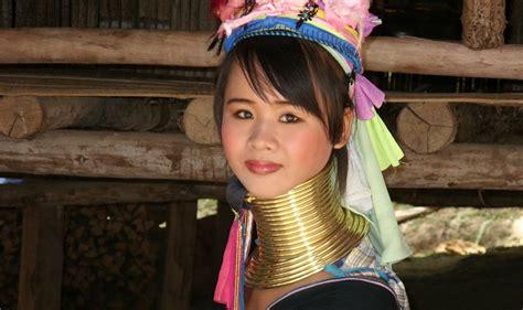 imagenes mujeres jirafa padaung las mujeres con cuello de jirafa dif 237 cil de