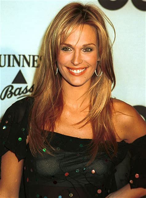 molly sims chin length for thin fine hair layered hairstyles for oblong faces beauty riot