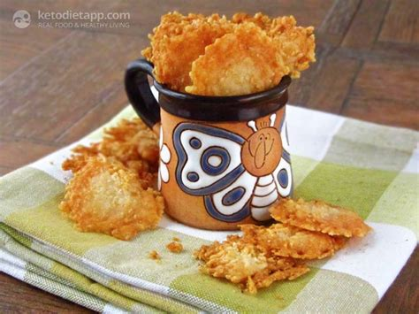 the 25 best recipe blogs of 2013 hellawella chips crisps simple parmesan crisps the ketodiet blog