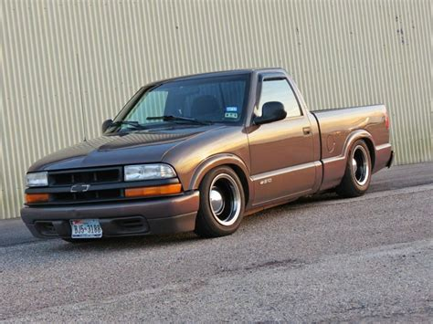 slammed s10 opening a new chapter 98 chevy s10 stanceworks