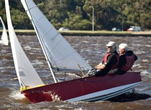 dinghy boat hire perth signet perth dinghy sailing club sportstg