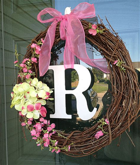 how to make a wreath for front door 10 minute diy front door wreath