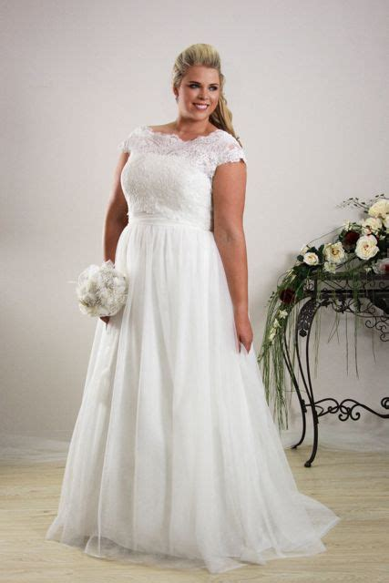 Wedding Dresses Plus Size by Simple Plus Size Wedding Dress Plus Size Bridal