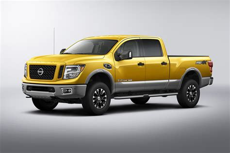 06 Nissan Titan Does Size Matter When It Comes To 2016 Autos