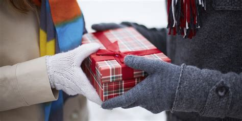 holiday gift giving etiquette askmen