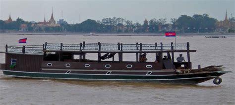 phnom penh boat adventure cambodia phnom penh tours mekong boat tour