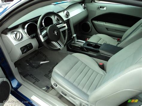 2006 Ford Mustang Gt Interior by Light Graphite Interior 2006 Ford Mustang Gt Premium Coupe