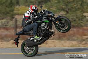 power and plenty of it the z800 s engine is smooth peppy and fun