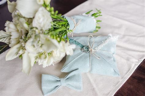 How To Make A Ring Bearer Pillow by Diy Tutorial How To Make A Diy Ring Bearer Pillow