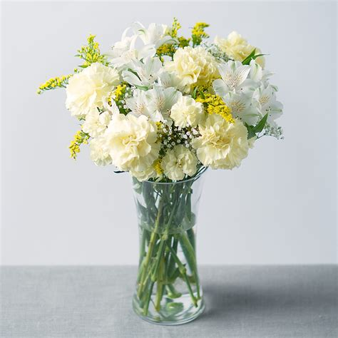 flowers by post bouquet yellow and white flowers carnations