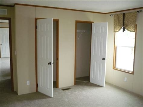 mobile home interior door different types of mobile home doors mobile homes ideas