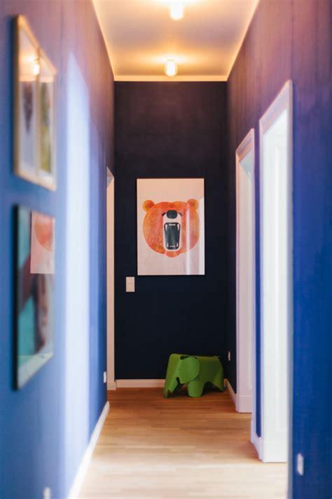 Farben Im Flur by Mit Farbe Im Flur Akzente Setzen Bild Der Frau