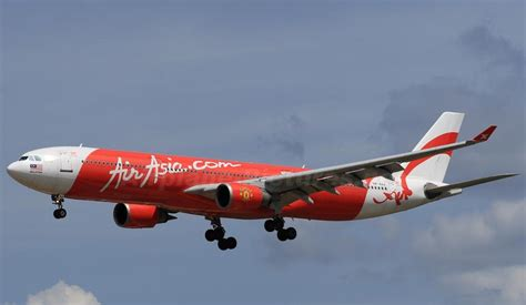 airasia uk bangkok flights improves by airasia wuhan flights
