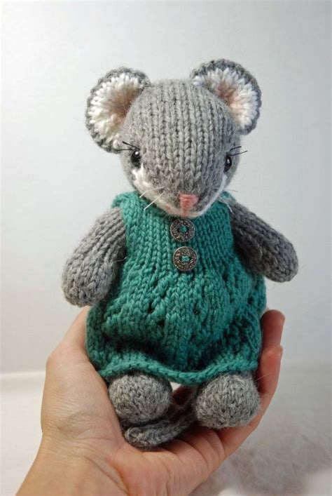 knitted mouse inspiration knitted mouse with woolen dress