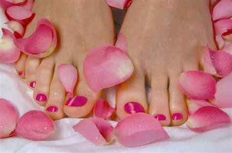 ongles décorés petit coraya s jusqu au bout des ongles