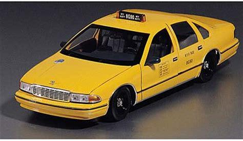 Diecast Chevrolet Taxi ut 1 18 chevrolet caprice new york city taxi diecast zone
