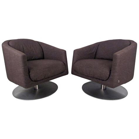 natuzzi swivel chair pair of mid century natuzzi swivel lounge chairs at 1stdibs