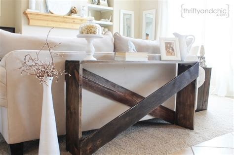 Stylish And Simple Diy Sofa Table Remodelaholic Bloglovin