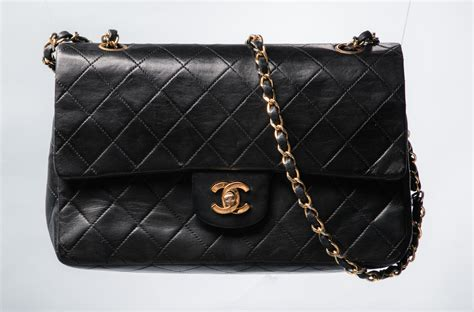 Clutch Givenchy 5668 for the of s handbags