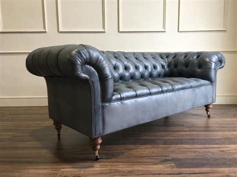 pre owned chesterfield sofa pre owned chesterfield sofa www stkittsvilla