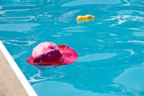 bathtub drowning adults drowning are your children at risk canadian red cross blog