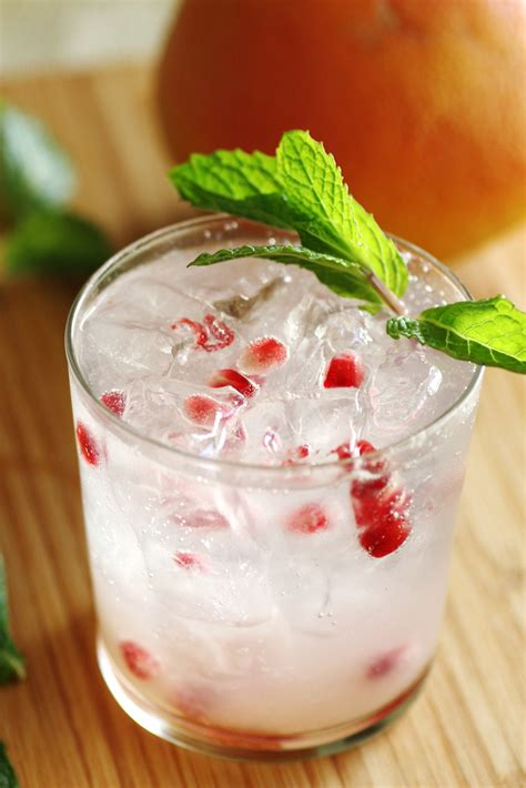 holiday cocktail recipes party drinks vodka images