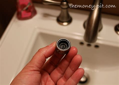 How To Remove Aerator From Bathroom Faucet by Fixing A Faucet Aerator You Can Be A Diy R The