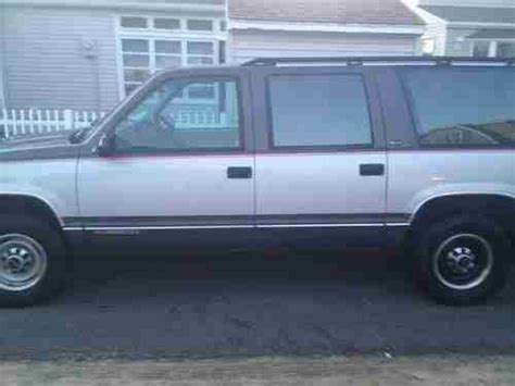 how it works cars 1993 gmc suburban 2500 parental controls find new 1993 gmc c2500 suburban sle sport utility 4 door 5 7l in somers point new jersey